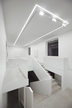 via comelico 40 ingresso galleria dep art cortile interno