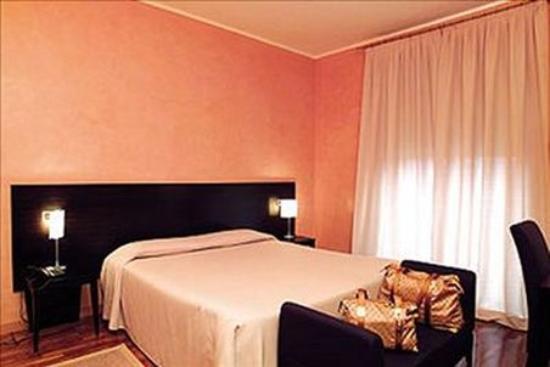 Hotel Aleramo: Room