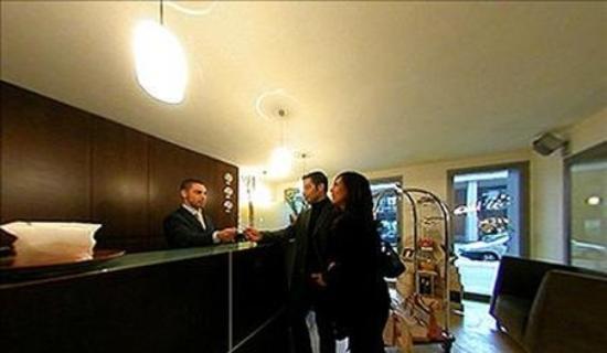 Hotel Aleramo: Interior