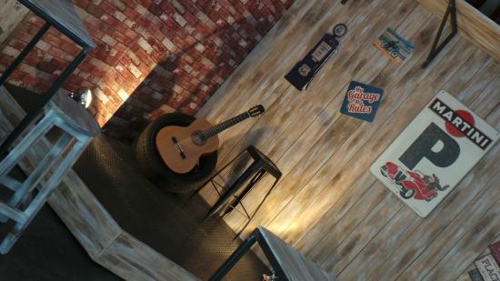 Le Garage Live Music