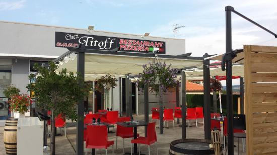 Chez Titoff