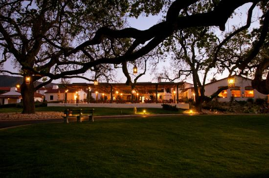 The Oak Kitchen: Evening Dining at The Oak