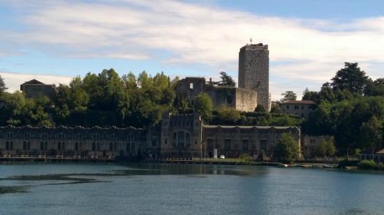 La centrale idroelettrica e il castello di Trezzo - Foto di La ...
