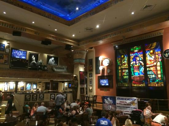 Hard Rock Cafe Dining Room