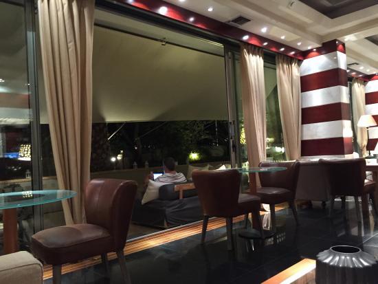 Sea View Hotel: photo0.jpg