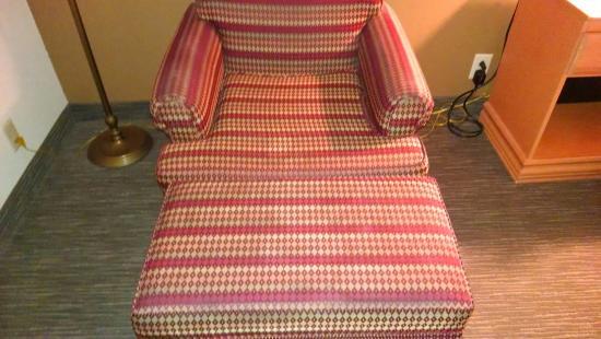 Wingate By Wyndham Goodlettsville Slick Damp Furniture