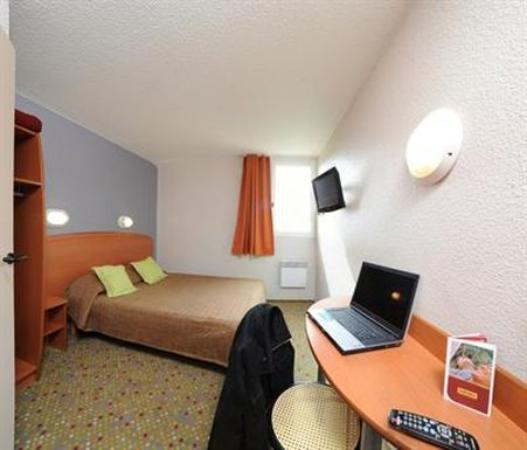Hotel balladins Tours Nord: Room