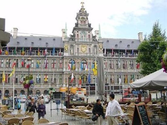 Maison d'Anvers : Other