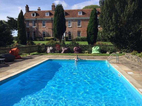 Heated outdoor pool picture of new park manor - Hotels in brockenhurst with swimming pools ...