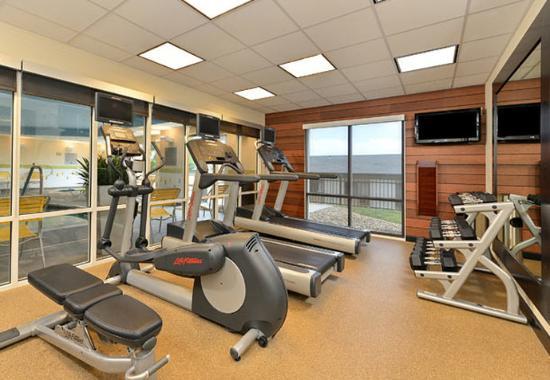 Fairfield Inn & Suites Cedar Rapids : Fitness Center