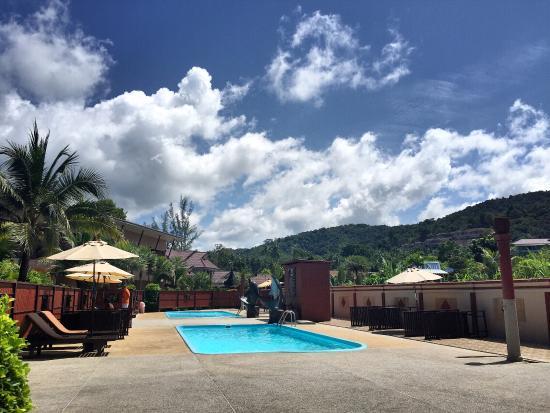 Maleedee Bay Resort: Lovely outdoor pools