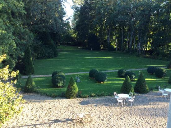 Domaine de Pellerey : Backyard