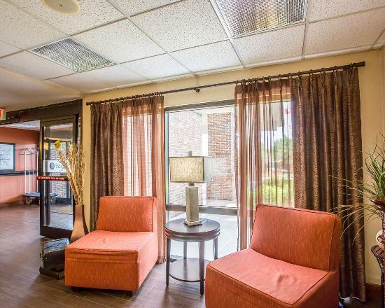 Comfort Inn: TNLobby