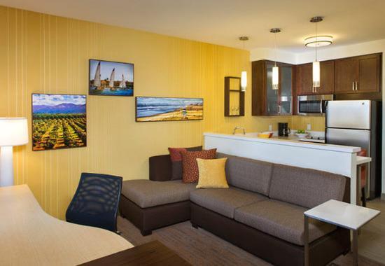 Tustin, Kalifornien: Studio Suite Living Area