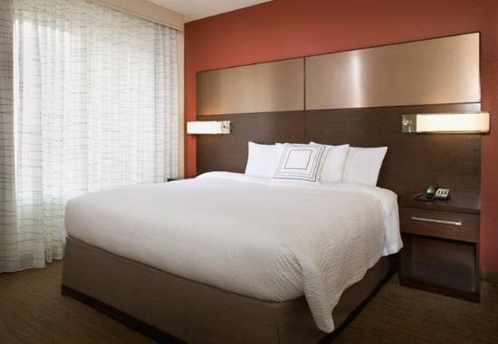 Tustin, Kalifornien: One-Bedroom Suite Bedroom