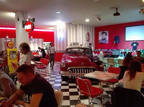 all american diner picture of all american diner milan tripadvisor. Black Bedroom Furniture Sets. Home Design Ideas