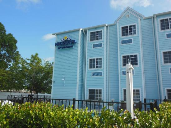 Microtel Inn & Suites by Wyndham Port Charlotte-Punta Gorda: Microtel Port Charlotte
