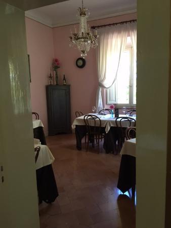 Ristorante Camere Villa dei Tigli: Una delle sale ...