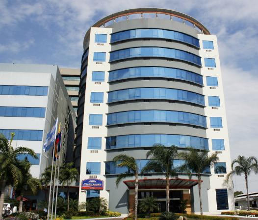 Howard Johnson Hotel Guayaquil: Exterior