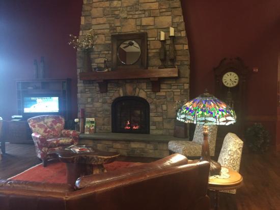 Timberlake Lodge Hotel: Lobby