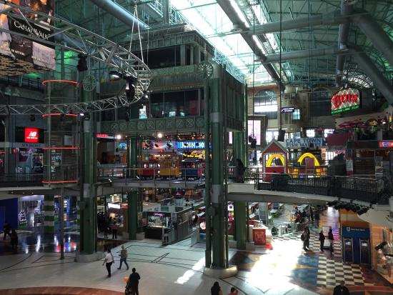 Clothing stores in canal walk