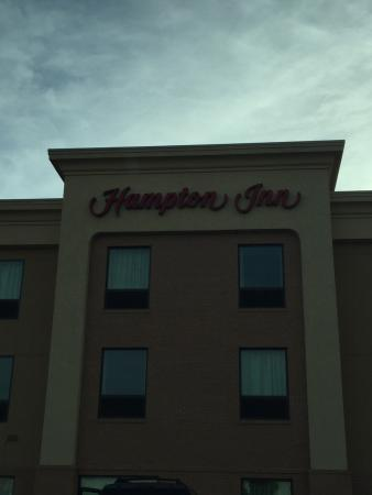 Hampton Inn Gallipolis: Perfect place to stay. Very clean and easy access to the town. Beds were so comfortable. Good ai