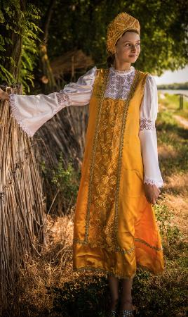 2818df838 Traditional Dress - Picture of Your Guide In Transylvania ...