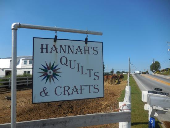 Comfort Suites Amish Country: Hannah's quilts near Comfort Inn