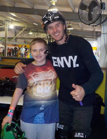 Braeside, Australia: my daughter with, current World #15 Pro Scooter Rider Raymond Walter from California