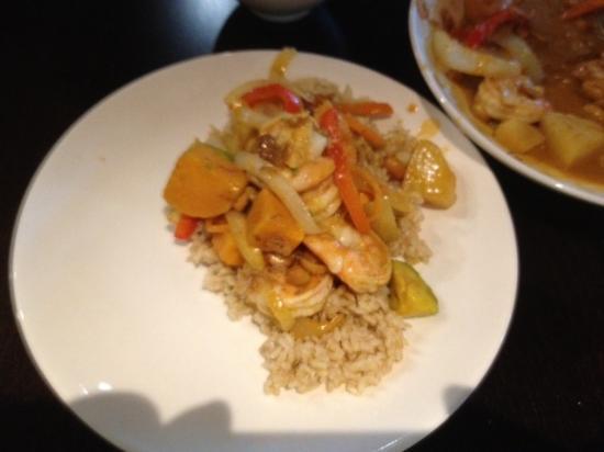 Sak's Thai Cuisine : Saks Thai Restaurant - curry shrimp dish