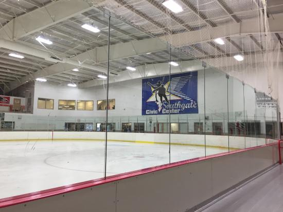 Southgate, MI: Inside one of the rinks