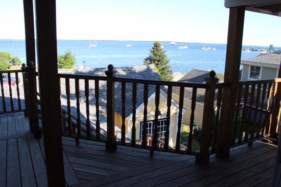 Beach Cottage Inn: From the deck of our room