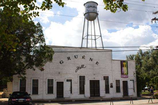 Gruene Dance Hall Picture Of Gruene Hall New Braunfels