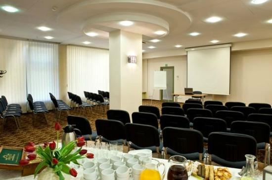 Hotel Duet : Sala konferencyjna / Conference room
