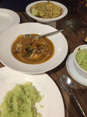 Siam Food Gallery: Prawn Panang curry, coconut rice , green curry