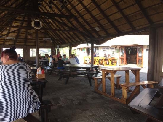 Hibberdene, Южная Африка: The Jolly Roger Fun Pub and Grub