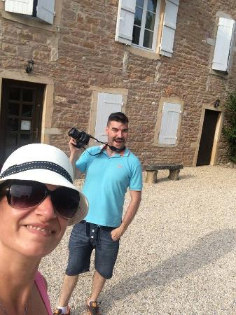 Le Clos De Flace: Do not forget your camera