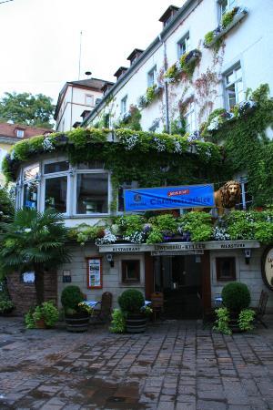 Hotel zum Goldenen Lowen