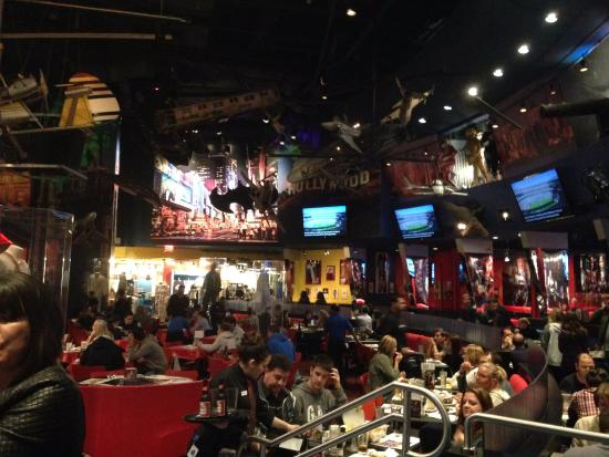 Planet Hollywood is a world-renowned group of American Food Restaurants that has locations in New York, Las Vegas, London, Paris, Los Angeles as well as Orlando in Disney Springs.