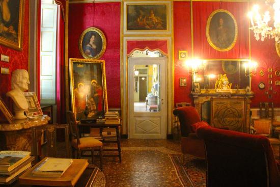 Il Salotto Rosso : Salotto rosso foto di castello e parco masino