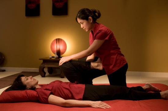 Ferrieres-en-Brie, France: Massage traditionnel Thaïlandais