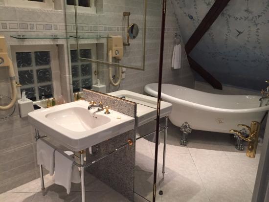 Hotel & Restaurant Zum Ochsen: Bathroom