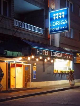 Pola de Siero, Spanien: fachada hotel