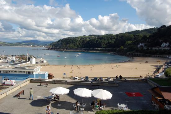 Pensión Katrapona: The view from our room - beautiful sandy beach