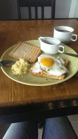 Malomesta Cafe