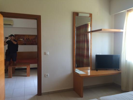 Hotel Bella Pais : Very beautiful hotel room ( sea view )
