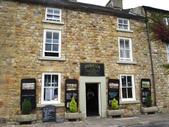 Joneav Specialist Confectionery and Fine Foods Masham