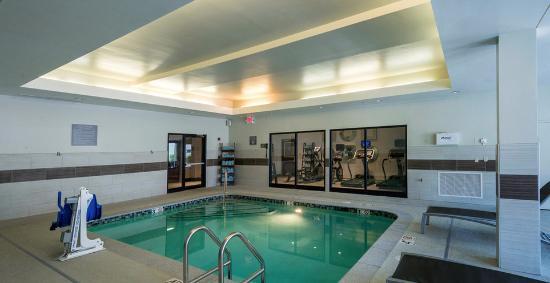 Residence Inn Worcester : Pool has a Hoyer lift!
