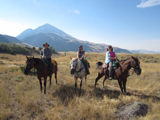 Rockin' HK Outfitters: Horseback Riding