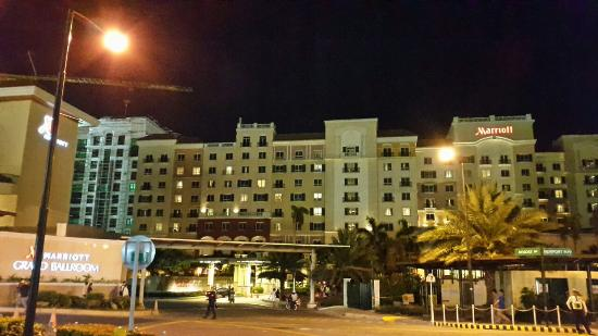 Marriott Hotels & Resorts - Wikipedia